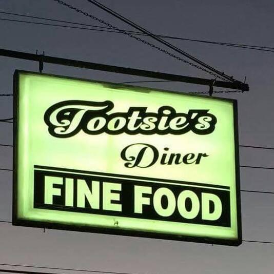 Tootsies Diner: 173 Mockingbird Dr, Nortonville, KY