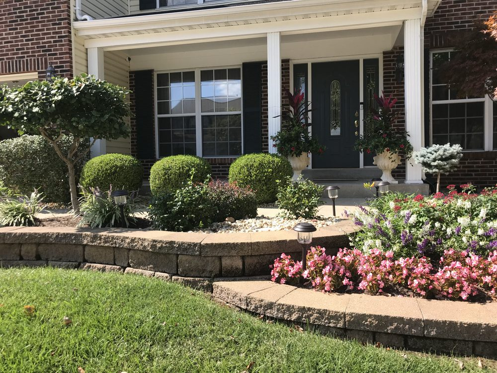 R & B Landscaping and Lawn Care: Maryland Heights, MO