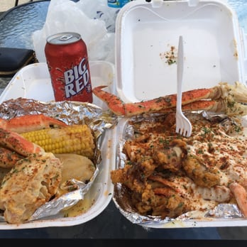 Seafood lady 125 photos 68 reviews seafood 617 w for Fish restaurants in louisville