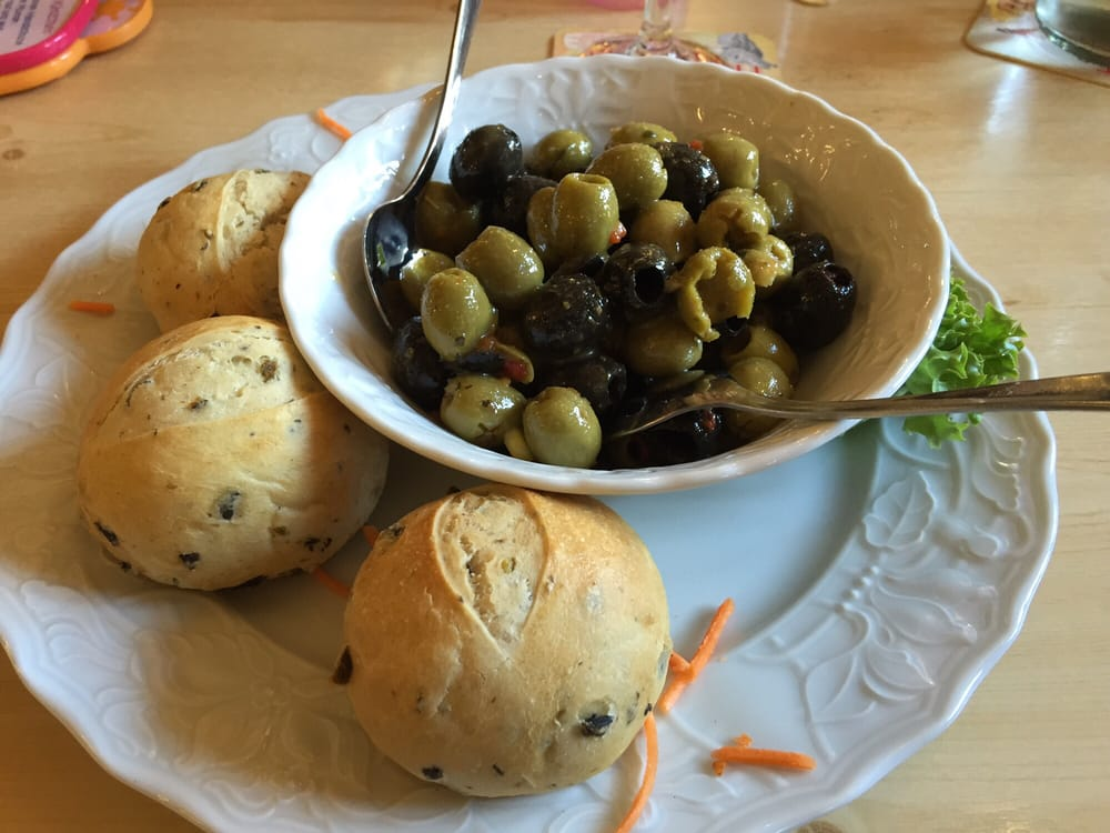 Bunter Oliventeller Als Vorspeise Yelp