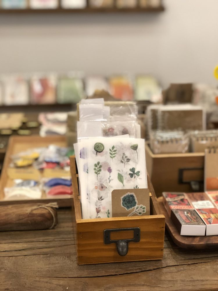 Yoseka Stationery: 4806 41st St, Queens, NY