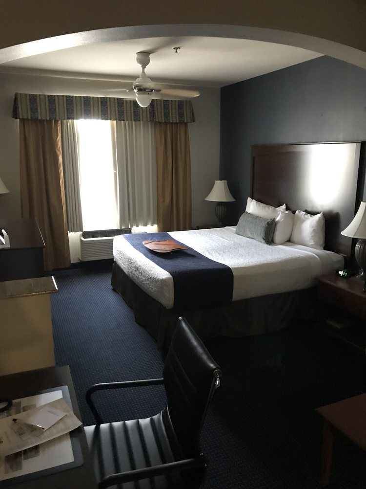 Best Western Plus Lake Dallas Inn & Suites: 305 Swisher Rd, Lake Dallas, TX