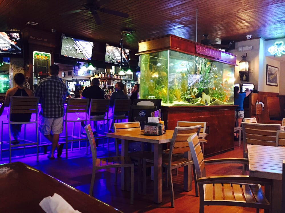 Quarterdeck restaurants 52 photos sports bars fort for Fish restaurant fort lauderdale