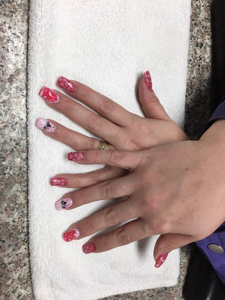 Photos for Deluxe Nail and Spa - Yelp