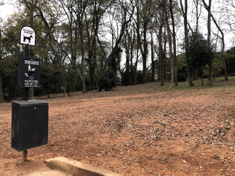 Anderson County Dog Park: 415 N Fant St, Anderson, SC