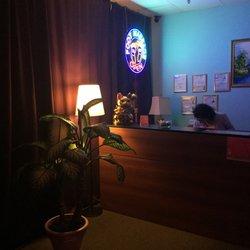Rørig Han Ting Foot Massage - 14 Photos & 28 Reviews - Massage - 991 N NP-96