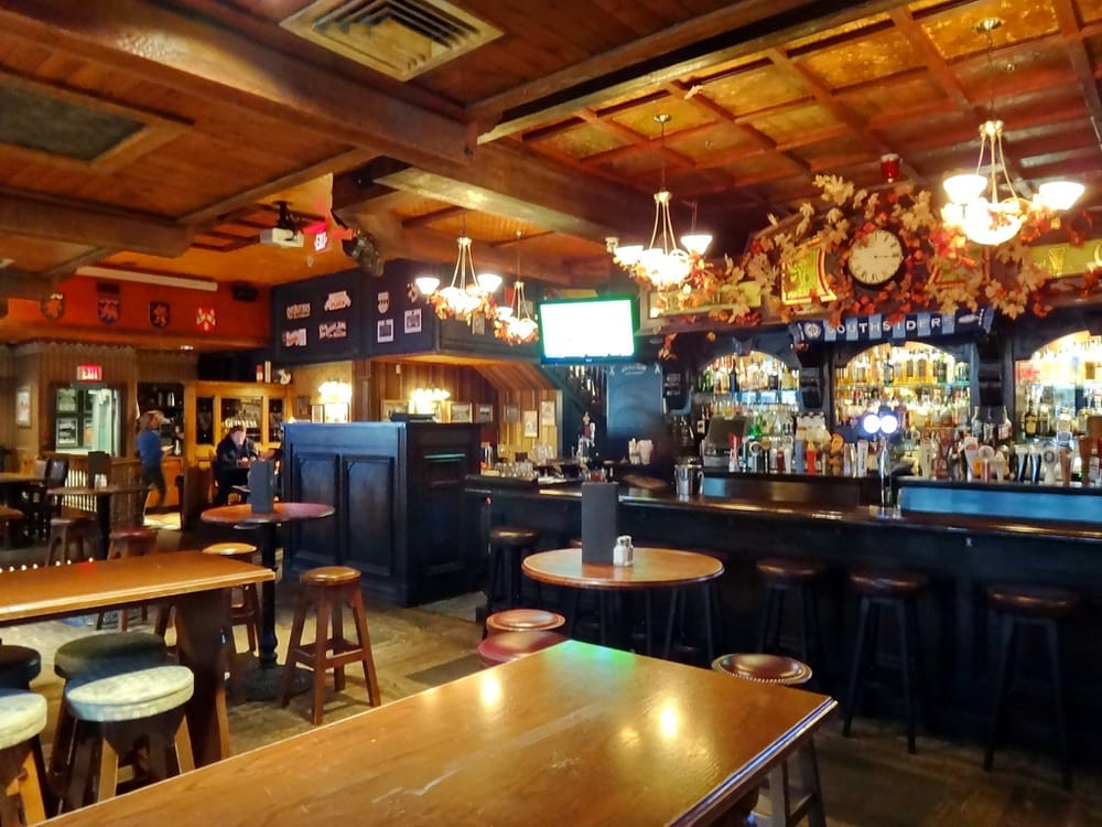 Photos For Doolin S Irish Pub Yelp