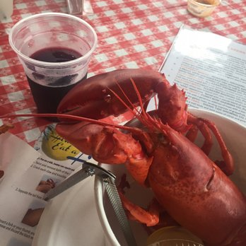 Estes Lobster House - 25 Photos & 44 Reviews - Seafood - 1906 Harpswell Neck Rd, Harpswell, ME ...