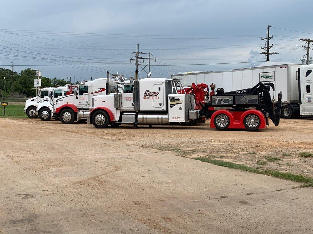 Parker Wrecker Service: 2708 Hwy 49 S, Greenwood, MS