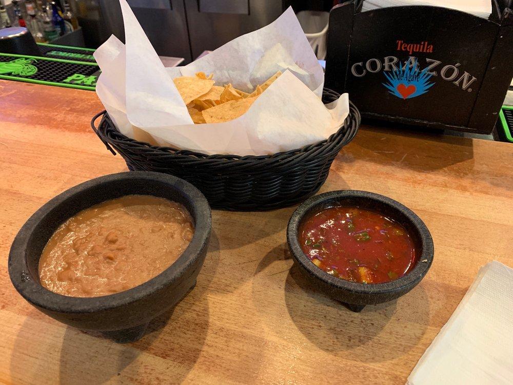La Parrilla Mexican Restaurant & Bar: 2251 Claribel Rd, Riverbank, CA