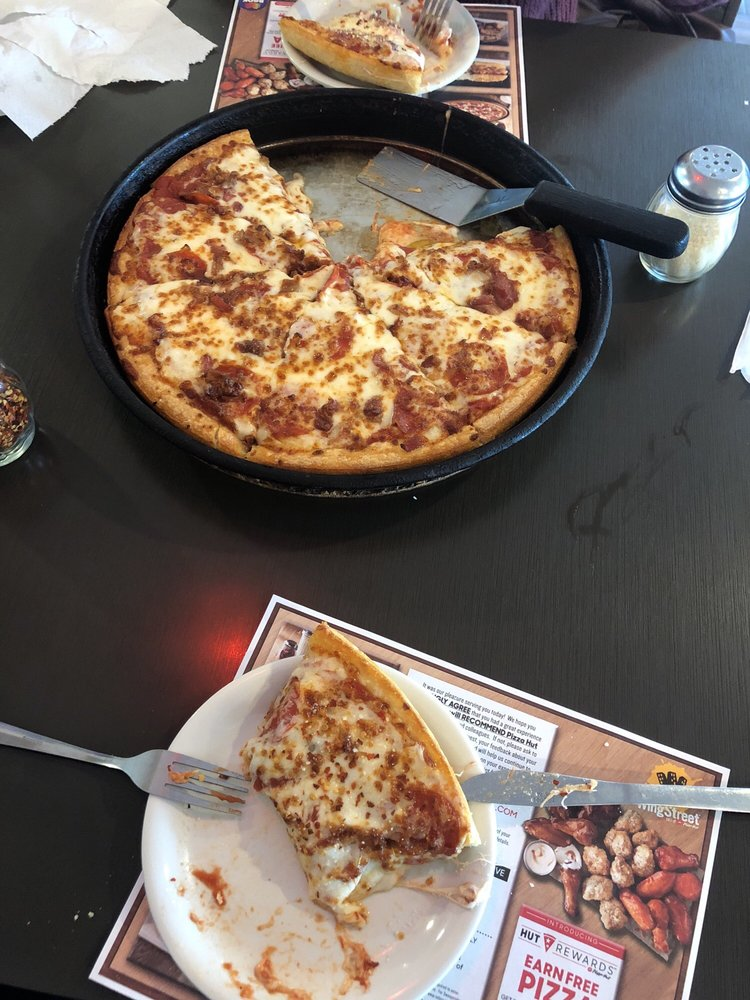 Visit your local Pizza Hut at N Superior Ave in Tomah, WI to find hot and fresh pizza, wings, pasta and more! Order carryout or delivery for quick service.