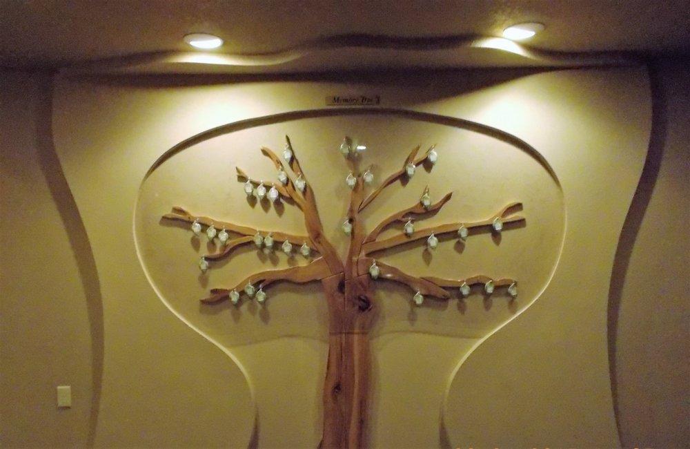 Hansen-Schilling Funeral Home: 1010 E Veterans Pkwy, Marshfield, WI