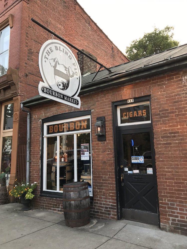 The Blind Pig Bourbon Speakeasy: 107 E Flaget St, Bardstown, KY