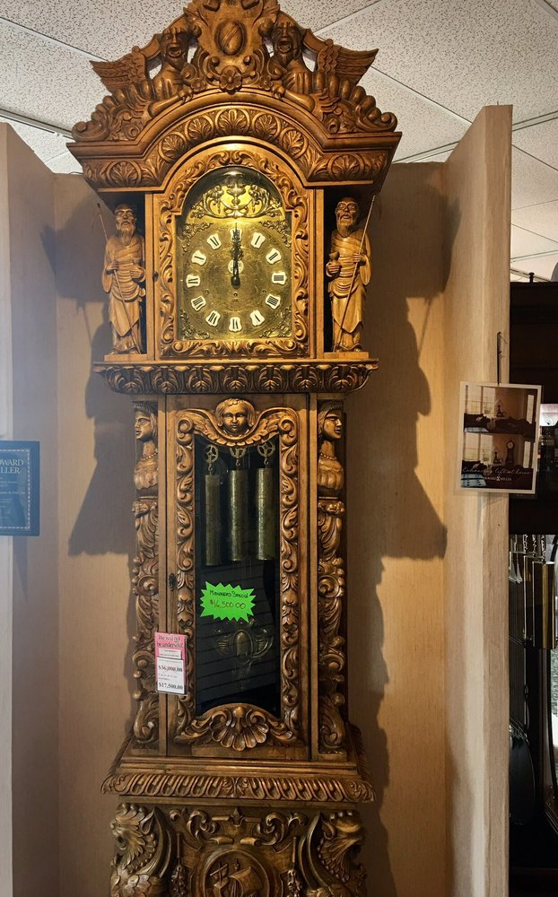 Chicago Clock: 431 Ogden Ave, Clarendon Hills, IL