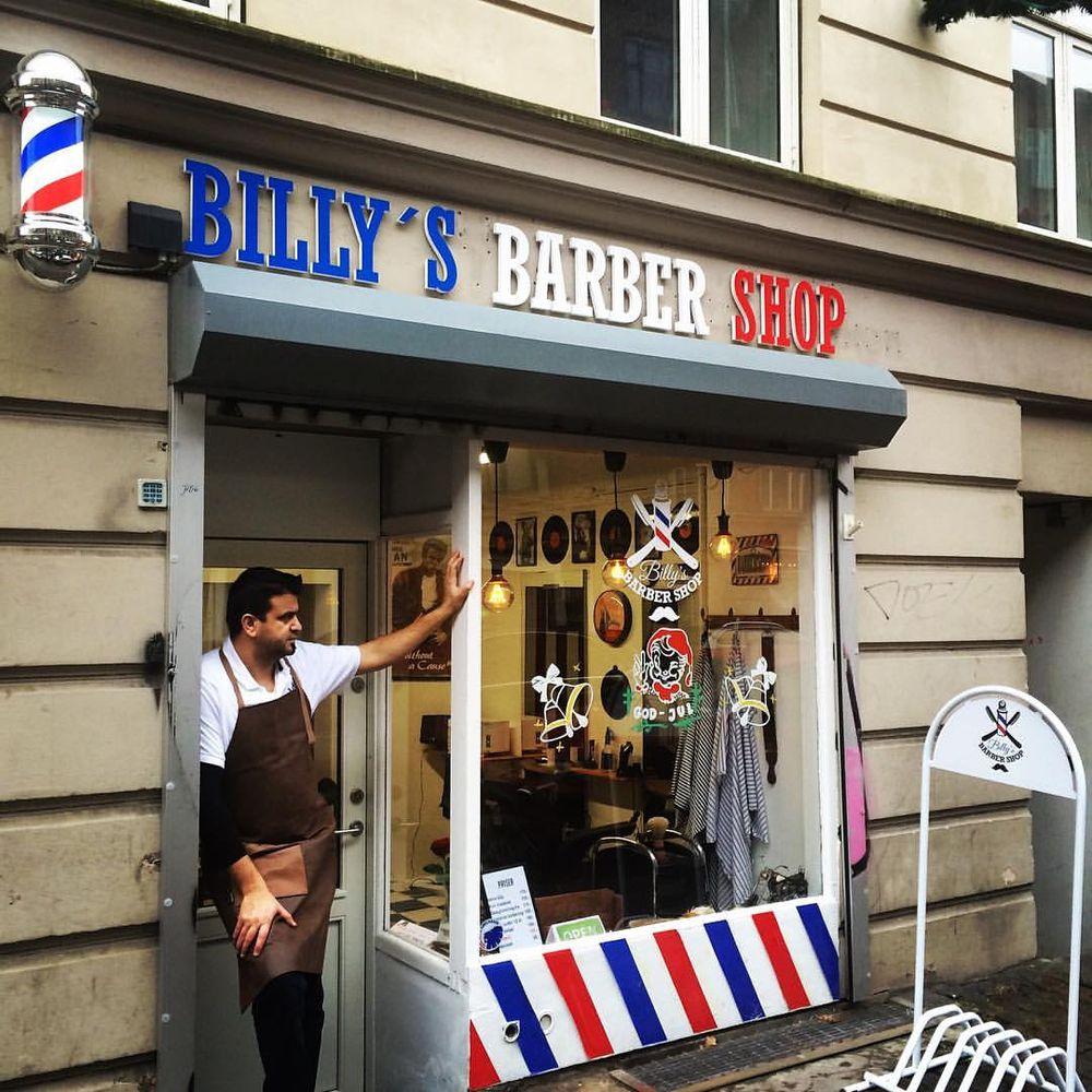 barber shop the product market matrix The barber shop real men go to real barbers toggle navigation pe lângă experiența unui barbershop autentic, oferim cafea, whiskey, vin, bere, suc, toate acestea fiind incluse în prețul tunsului, bărbieritului sau a pachetului complet.