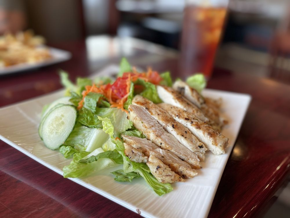 The Corazon Grill: 3 Parkcliff Dr, Holiday Island, AR