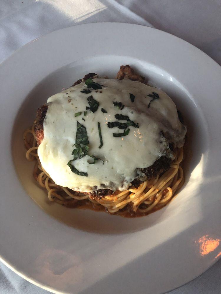 Via Roma Italian Restaurant: 1521 Malvern Ave, Hot Springs, AR