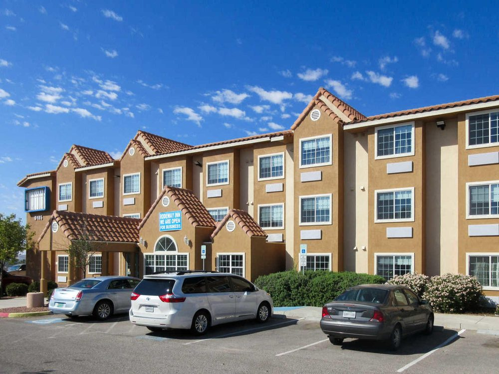Quality Inn & Suites: 6185 S Desert Blvd, El Paso, TX