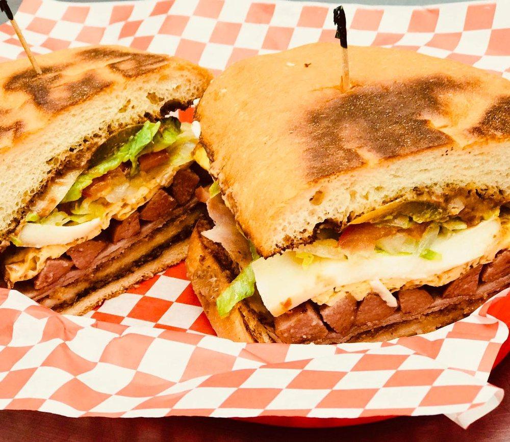 Delicioso Taqueria & Catering: 8793 Columbine Rd, Eden Prairie, MN