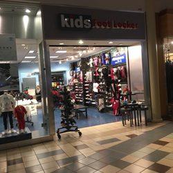 Foot Locker Shoe Stores 22500 Town Cir Moreno Valley Ca