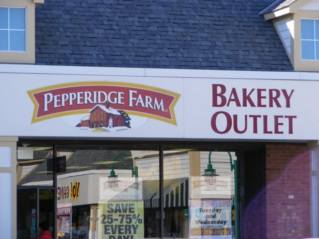 pepperidge farm bakery outlet 10 reviews bakeries 1174 kenny centre mall columbus oh. Black Bedroom Furniture Sets. Home Design Ideas