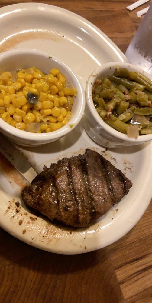 Smokin' Republic Steakhouse: 120 E Main St, Lindsay, TX