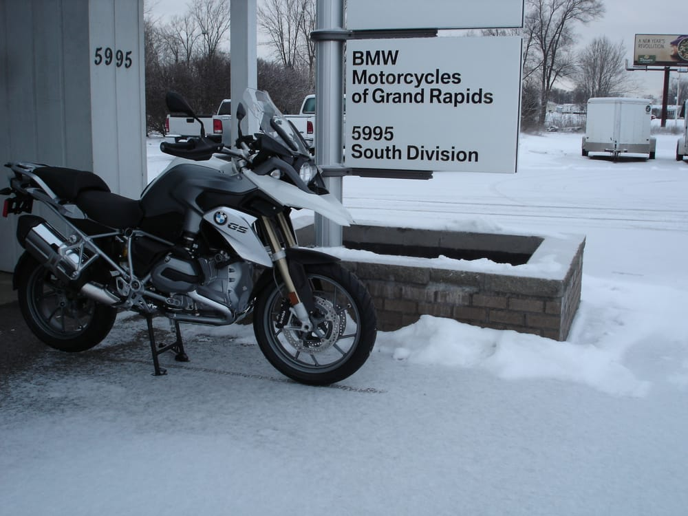 bmw motorcycles of grand rapids - motorcycle dealers - 5995