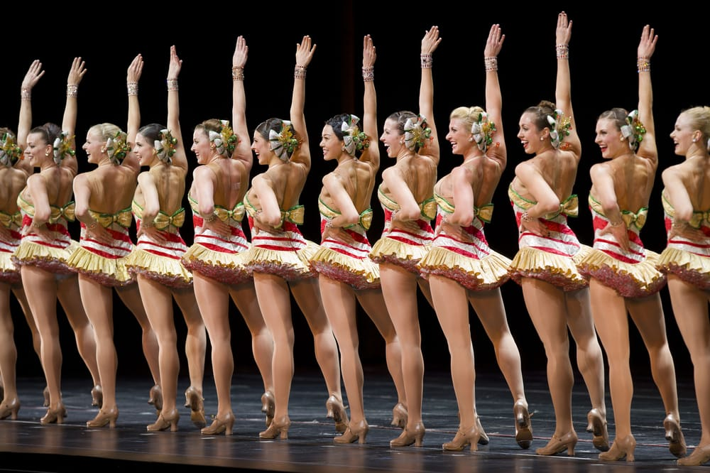 Christmas Spectacular Starring the Radio City Rockettes - 224 ...