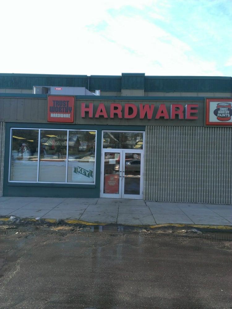 Trustworthy Hardware: 203 Valley Green Sq, Le Sueur, MN