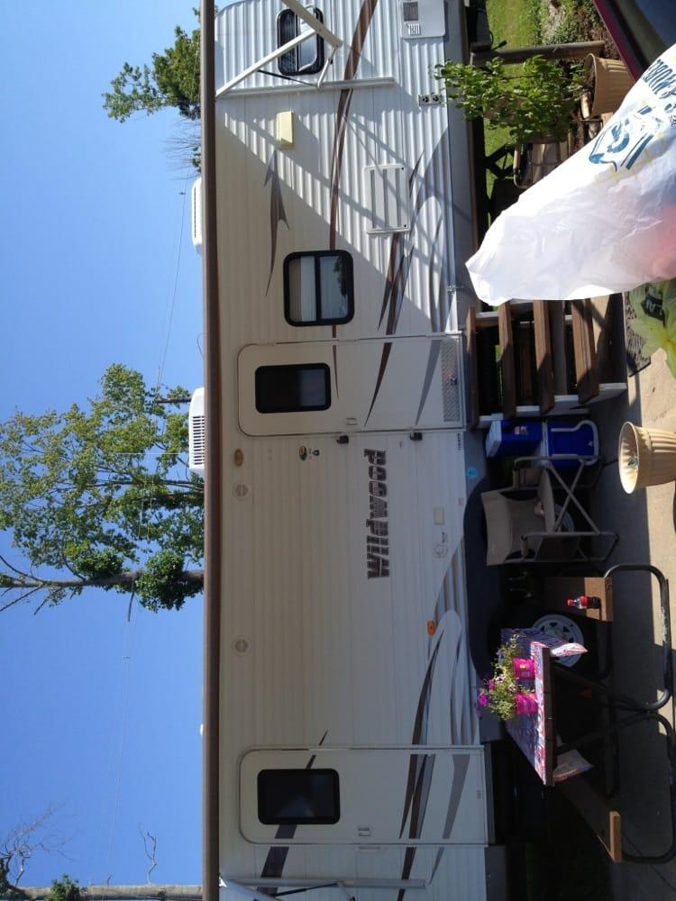 Mountain Lake Marina & Campground: 136 Campground Rd, Lake City, TN