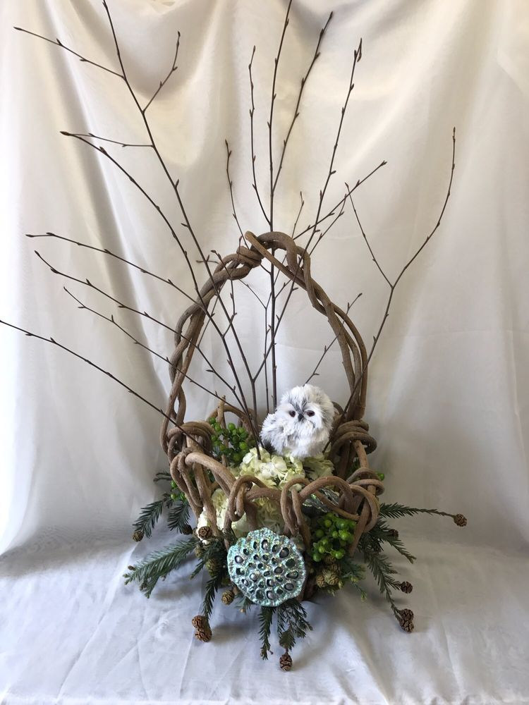 Just Judy's Flowers Local Art & Gifts: 2509 N 12th Ave, Pensacola, FL