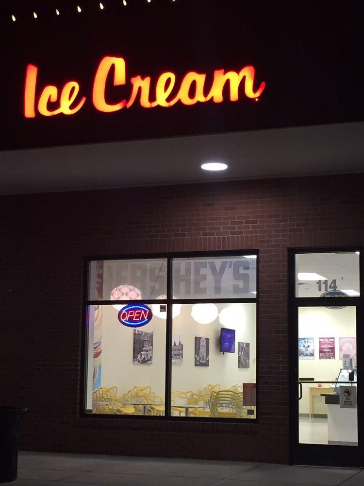 Hershey's Shake Shop: 700 Fieldstone Dr NE, Leesburg, VA