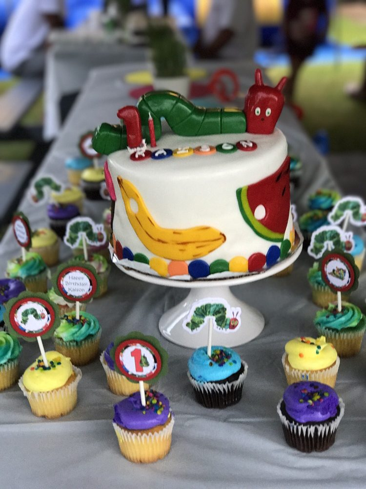 Creative Cakes and Snacks