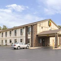 Photo Of Super 8 By Wyndham East Moline Il United States