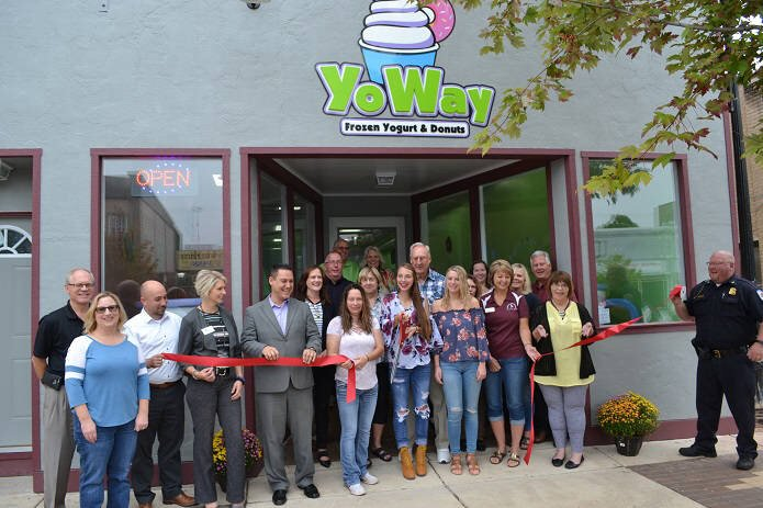 YoWay Frozen Yogurt & Donuts: 107 N Saginaw St, Durand, MI