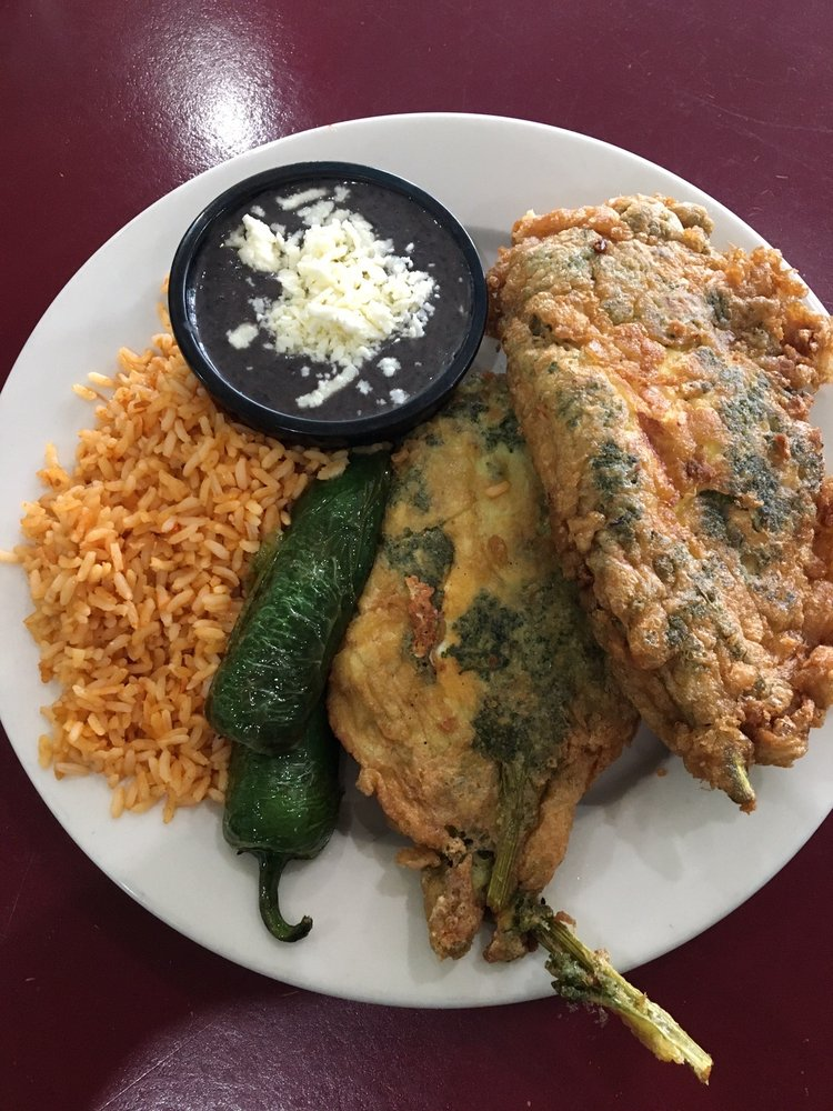 El Piquin Restaurant: 1520 Country Ridge Ln, Essex, MD