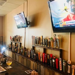 Which Craft Taproom 10 Photos Beer Bar 2131 Woodruff Rd