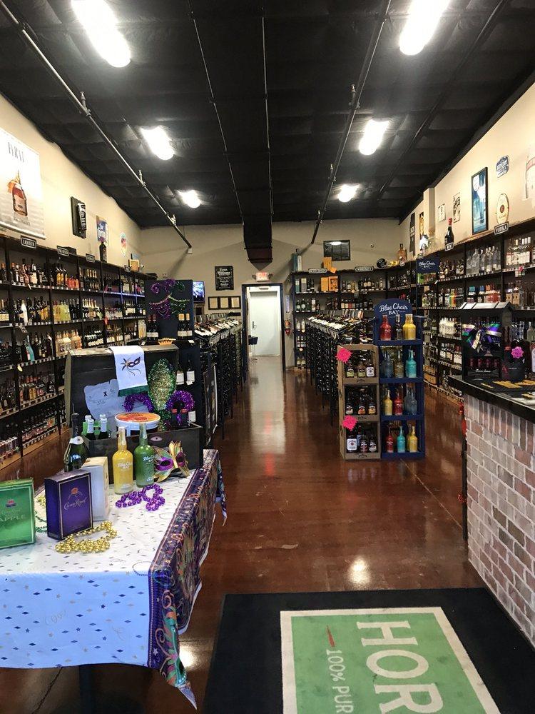 Pirates Liquors: 4494 Popps Ferry Rd, D'Iberville, MS