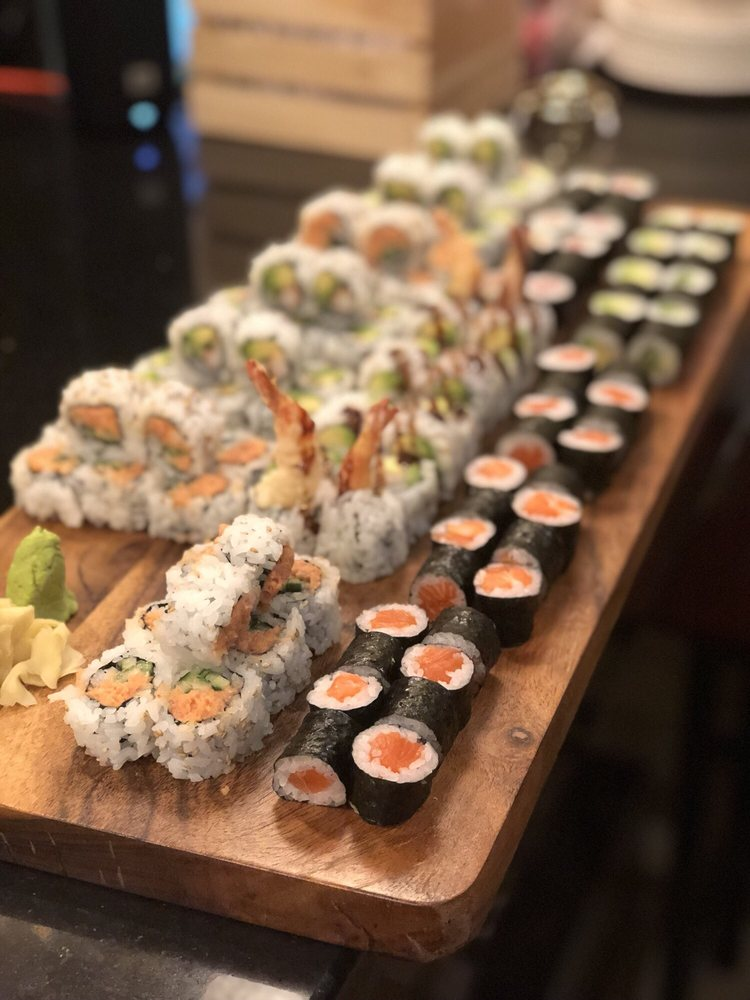 Manna Sushi: 13930 Estate Manor Dr, Gainesville, VA