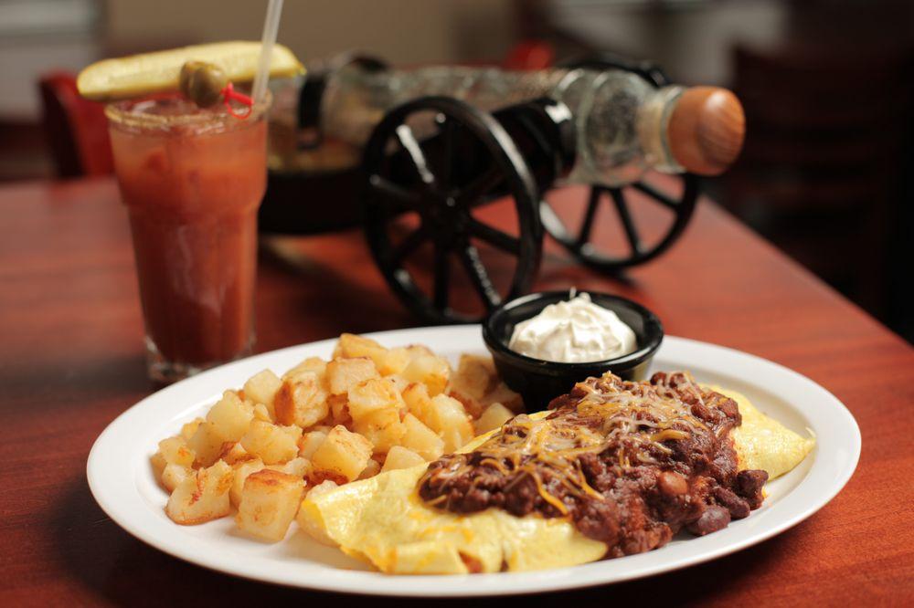 Hudy's Cafe & The Li'l Bar: 11350 Aquila Dr N, Champlin, MN