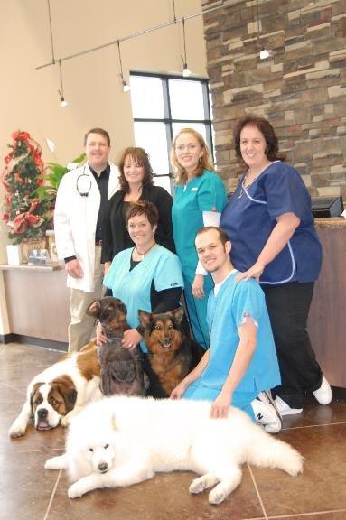 Farr West Animal Hospital: 1400 N 2000th W, Farr West, UT