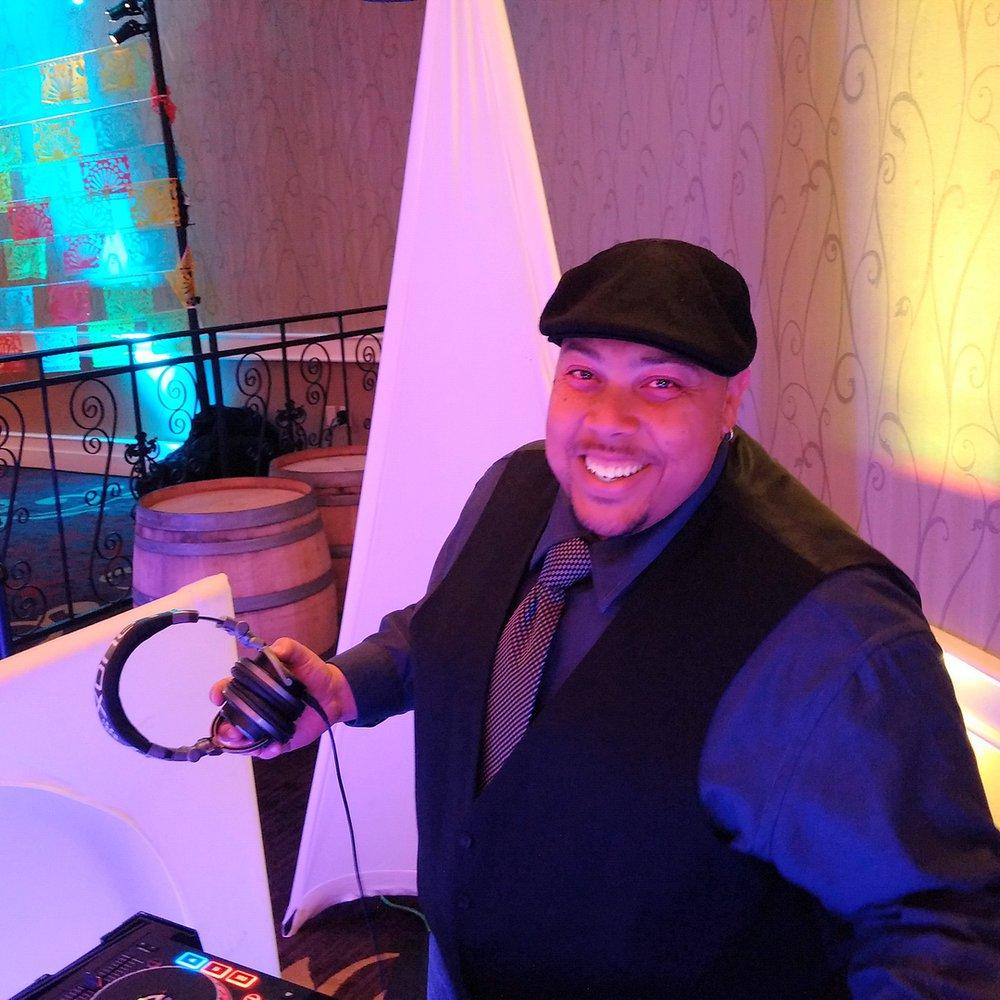 Groove Tonight Mobile Disco: Benicia, CA