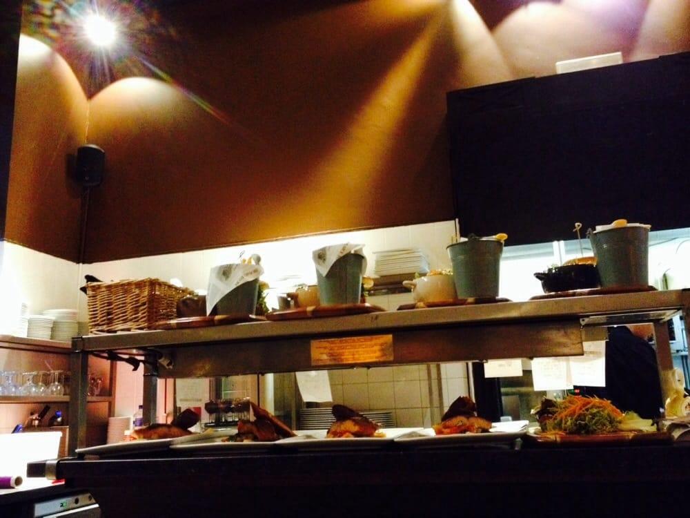 Cuisine qui donne sur la salle yelp for Cuisine qui donne sur le salon
