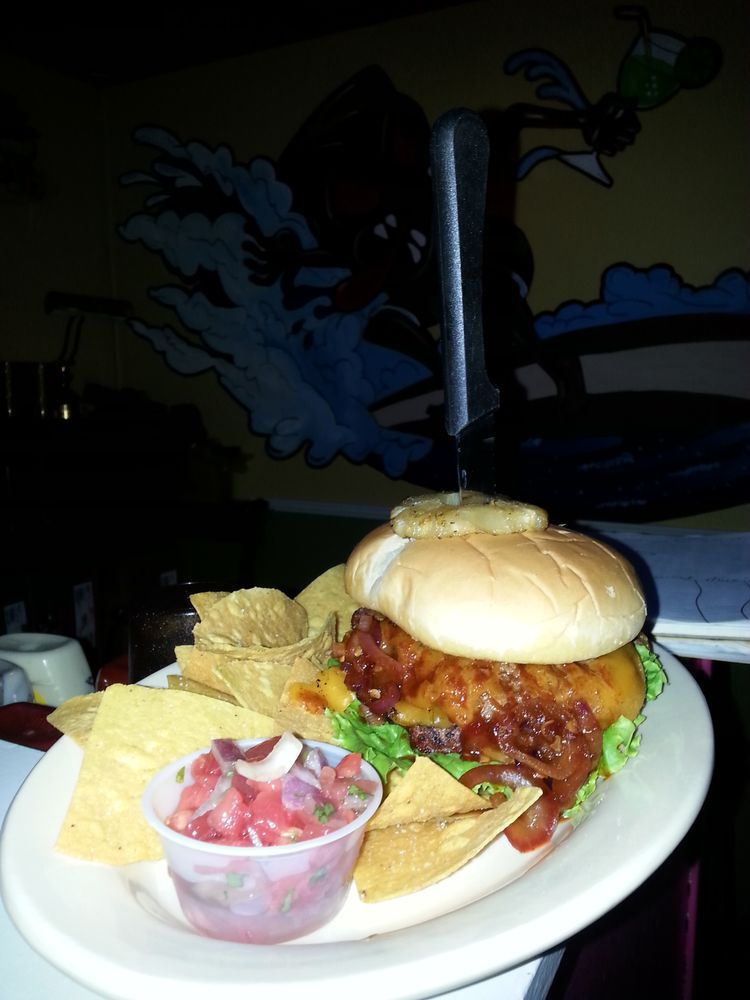 KahunaOS Bar & Grill: 1415 Bienville Blvd, Ocean Springs, MS