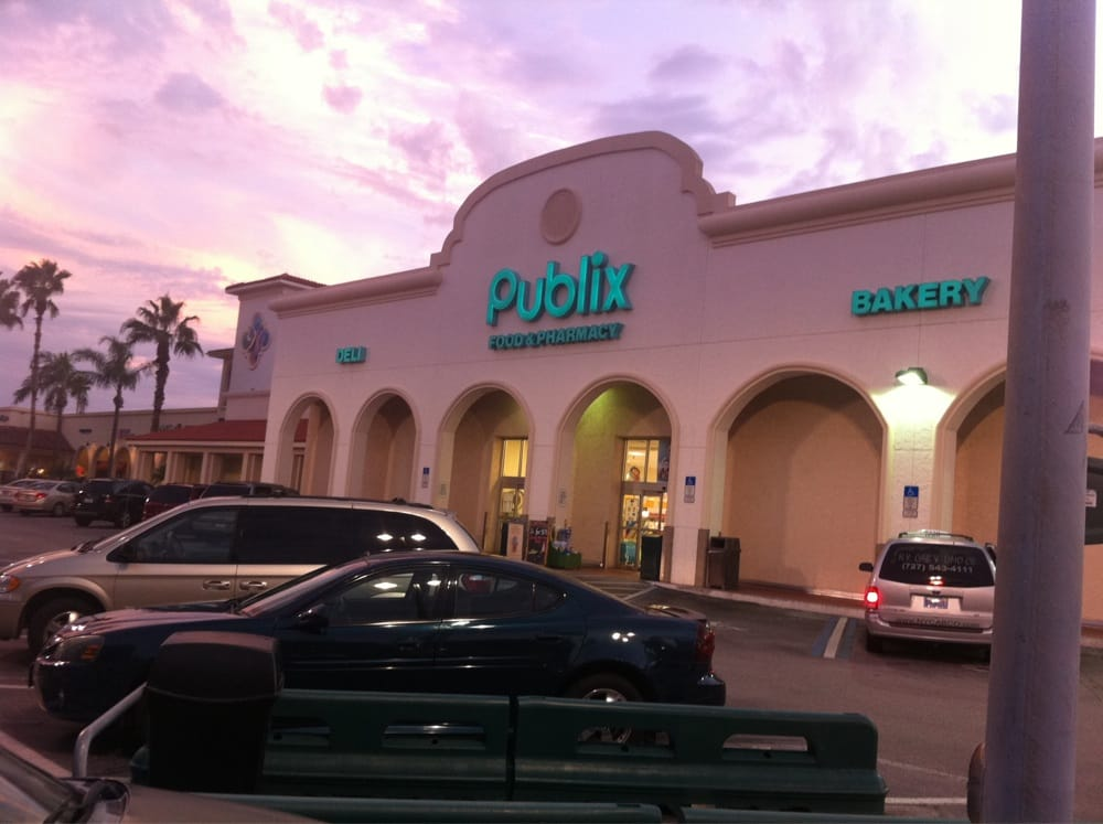 Publix Island Way Clearwater Beach Pics