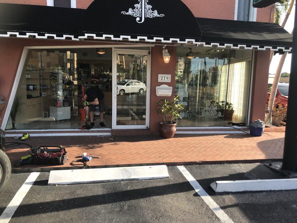 Express Glass and Door: Largo, FL