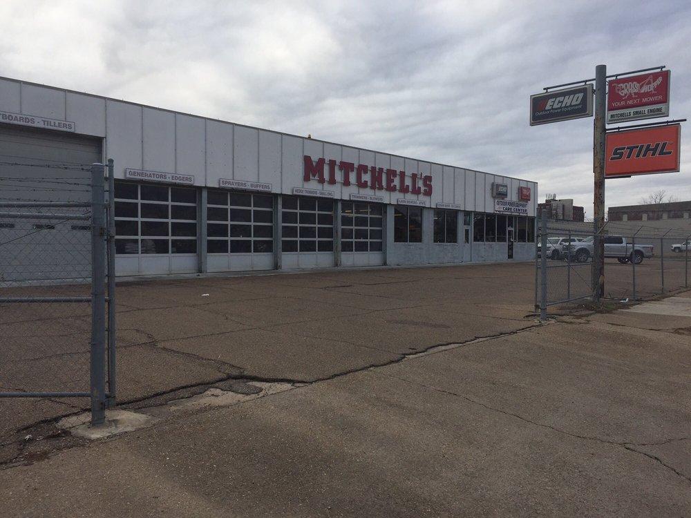 Mitchell's Small Engine Supply: 821 Washington Ave, Greenville, MS