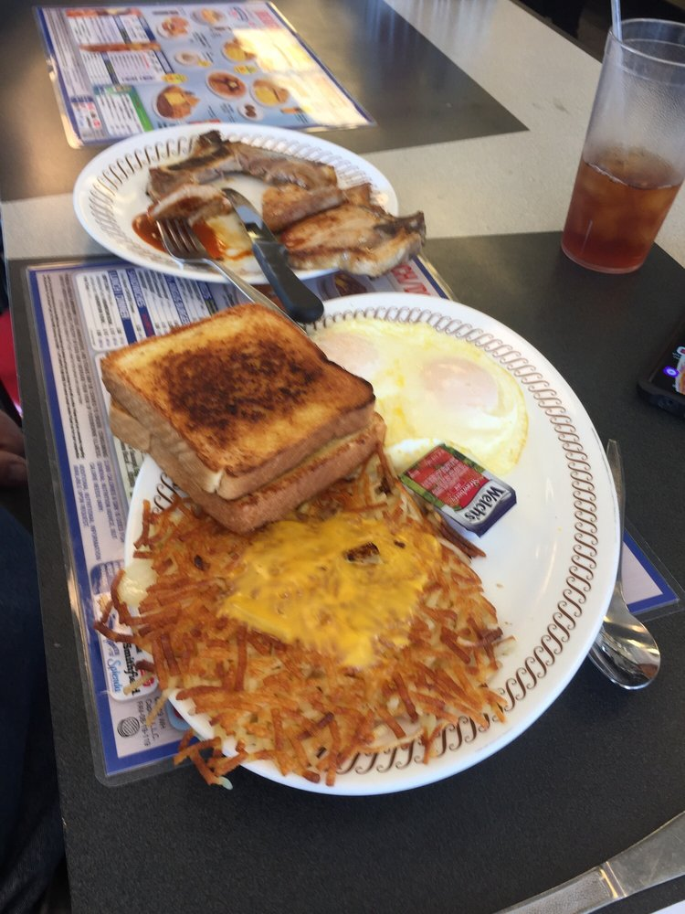 Waffle House: 2850 Gh Dr, Austinburg, OH