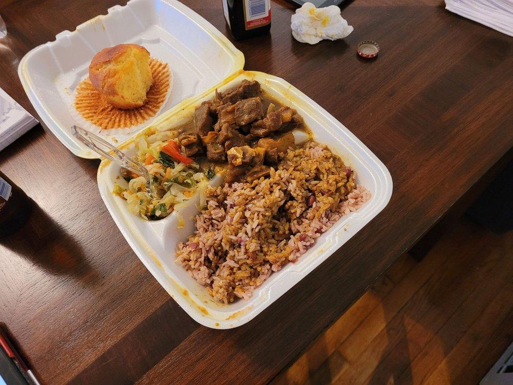 Taste of Jamaica: 5104 Mayfield Rd, Lyndhurst, OH