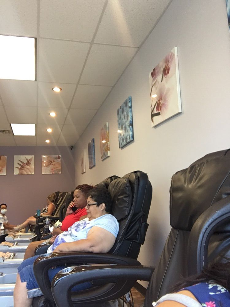 Kim's Nails: 23598 State Rd 2, South Bend, IN